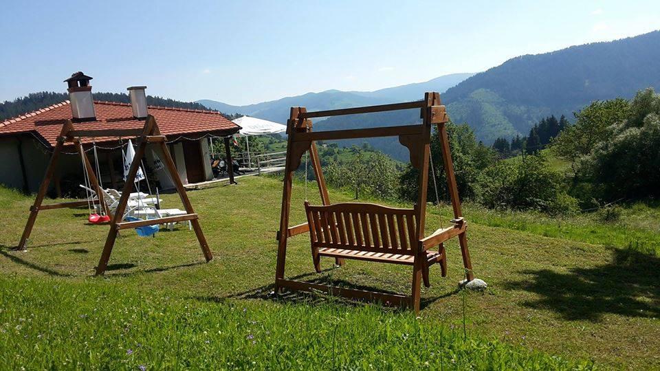 лято-в-село-гела