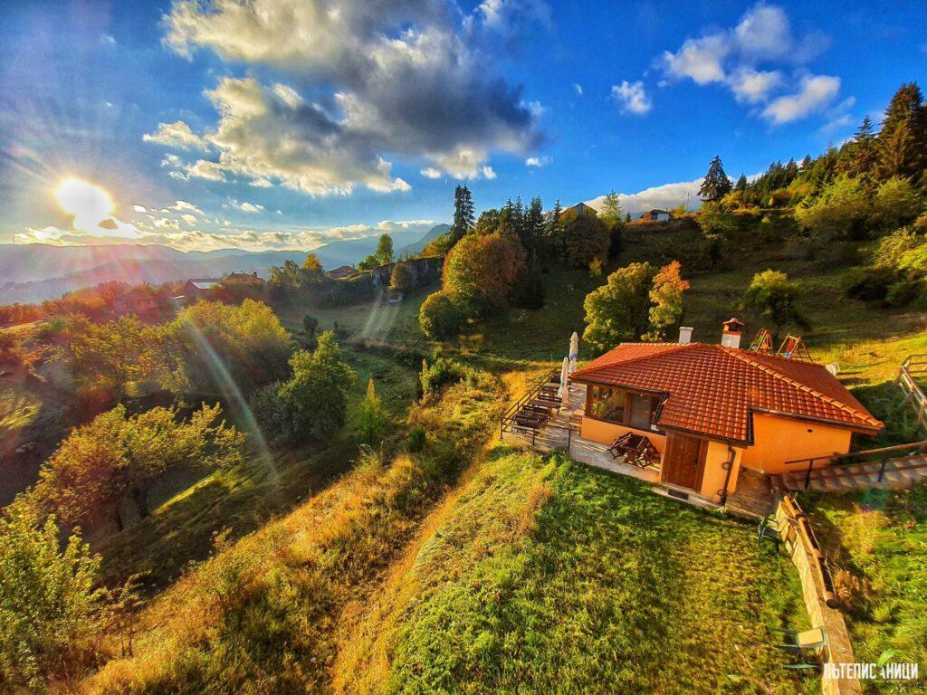 Гела, Панорама, къща за гости