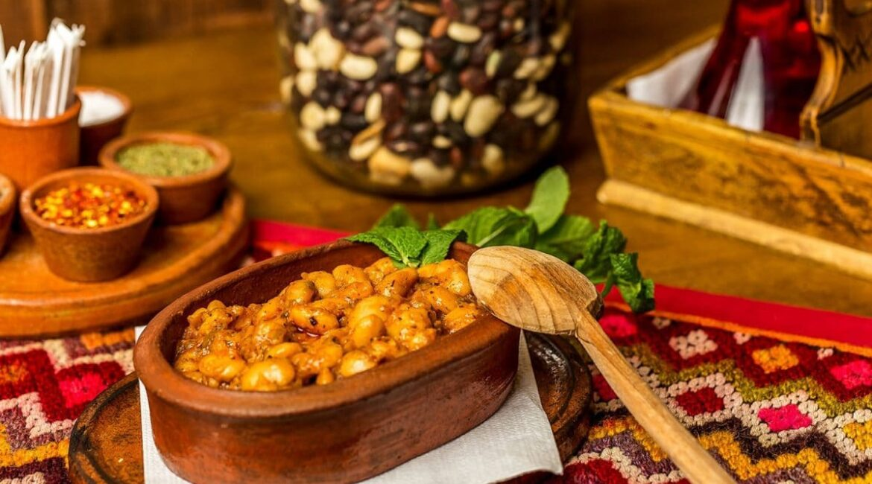 10 традиционни родопски ястия, с които да си угодите